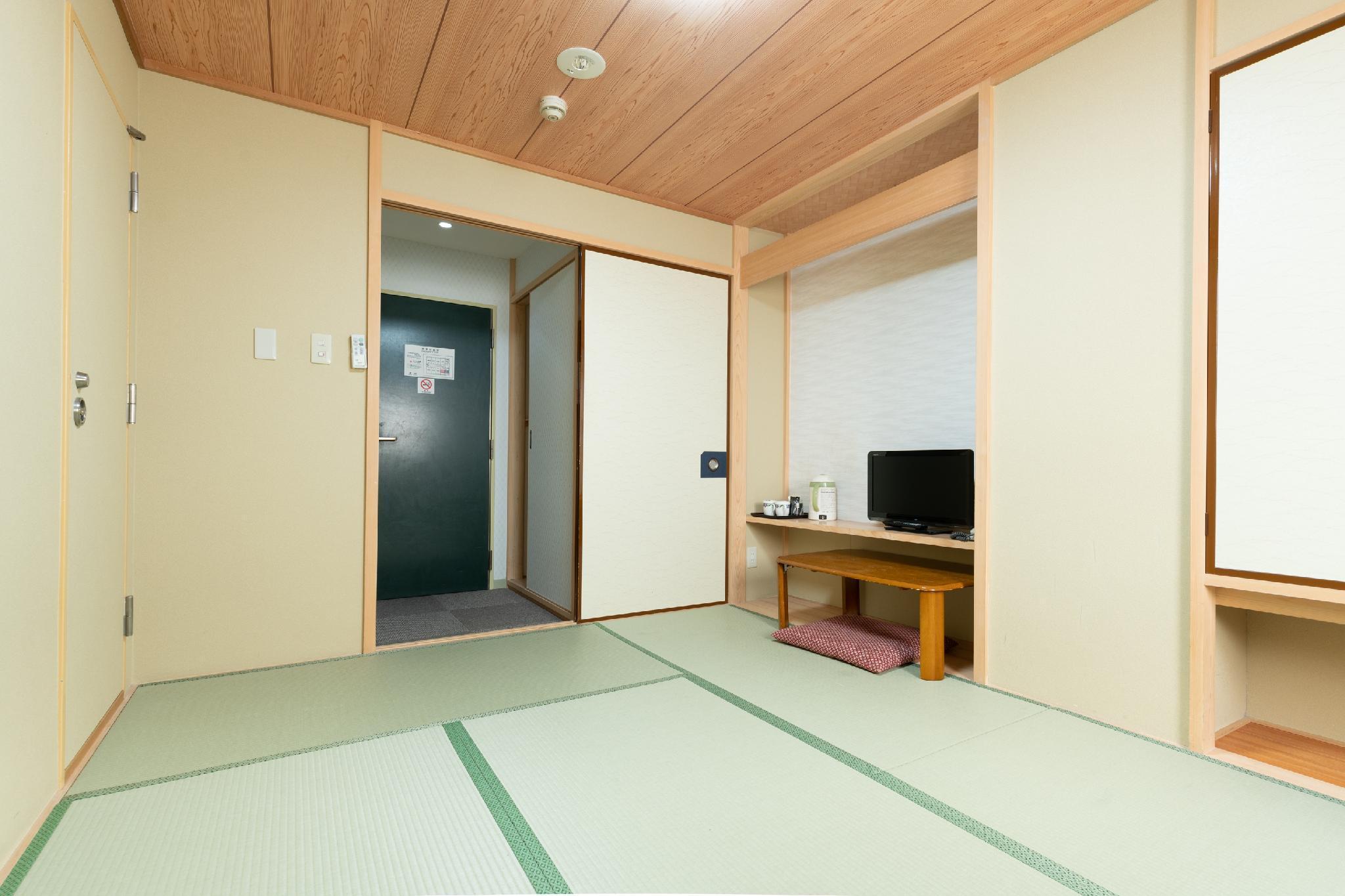 OYO 486 Sakura Ryokan, Taitō