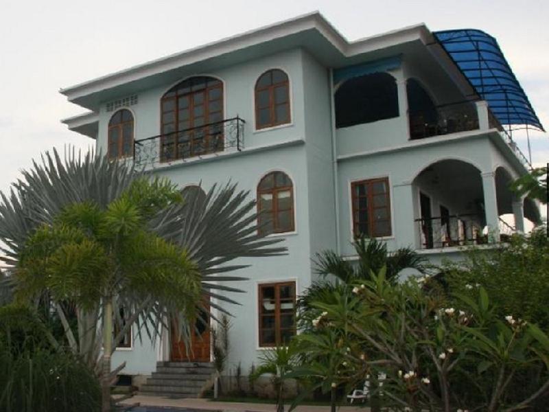 Baan Georges Hotel
