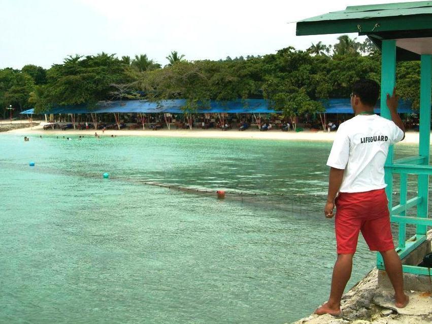 Paradise Island Park & Beach Resort, Samal City