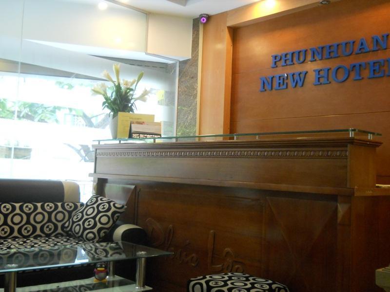 Khách sạn New Phú Nhuận - Hoàng Cầu