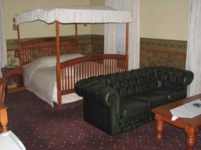 Shepherds Arms Hotel, Wellington