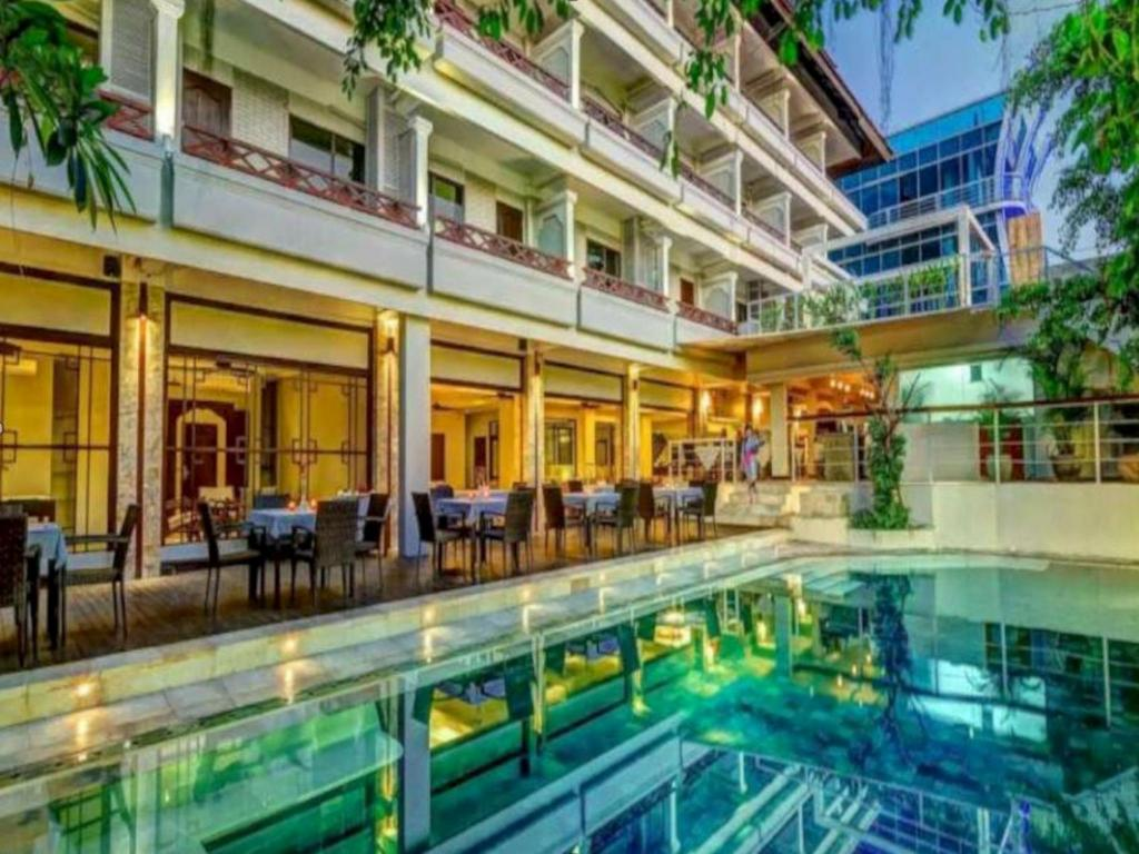 Best price on maharani beach hotel in bali reviews for Best hotels in bali near beach