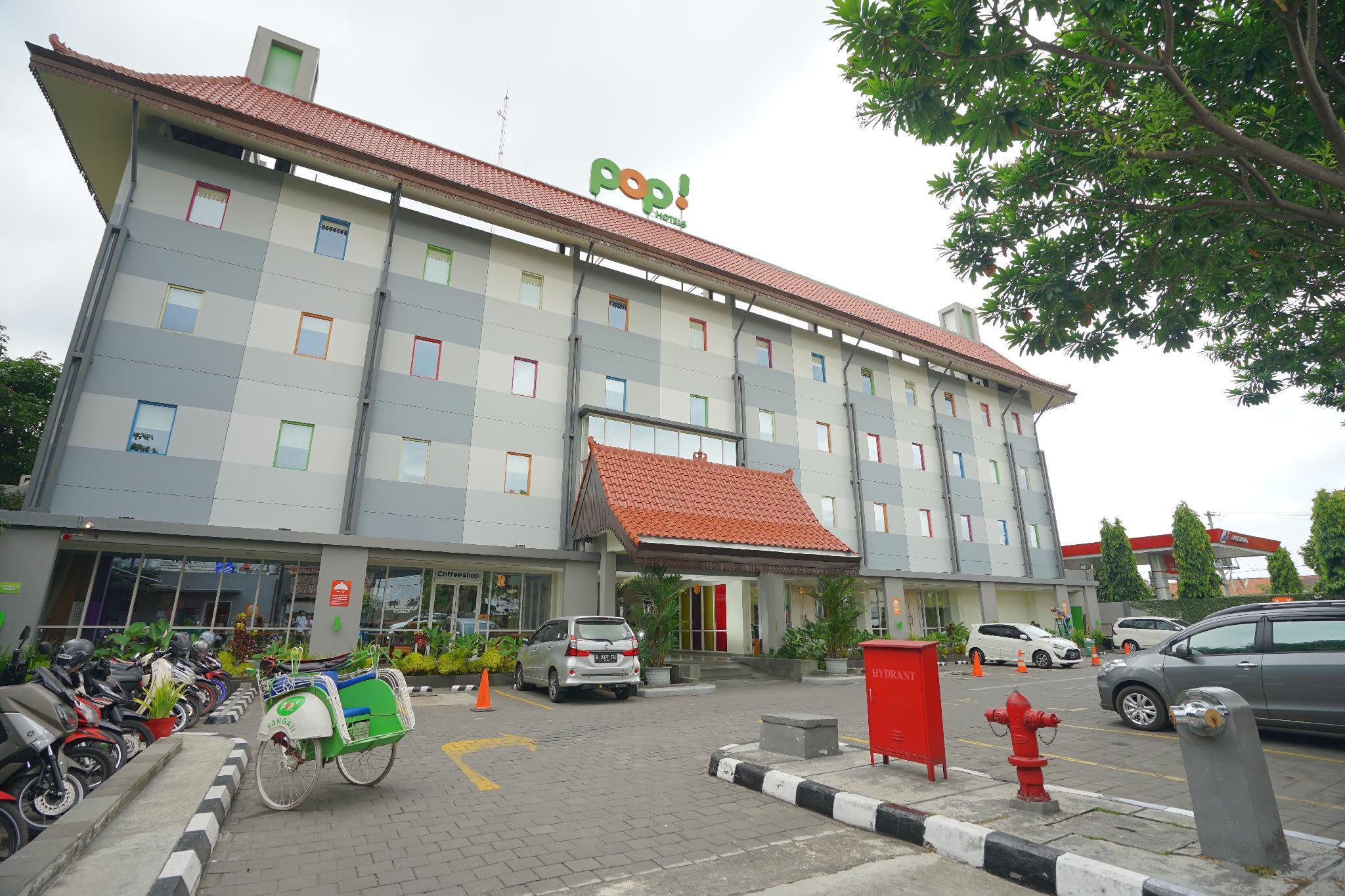 POP Hotel Sangaji