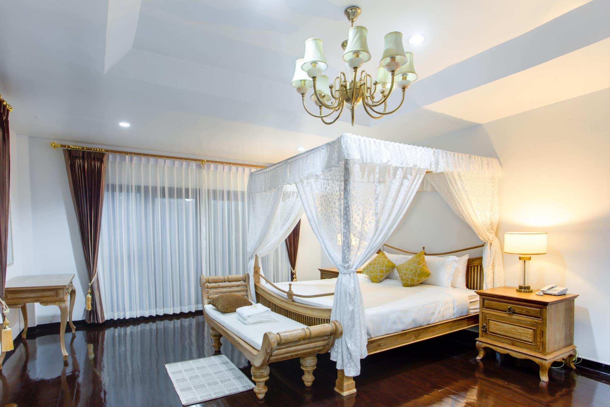 Wiang Dhara Villa, Saraphi