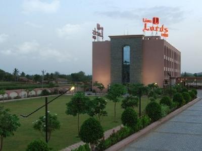 Lion Lords Inn-Rajula, Amreli