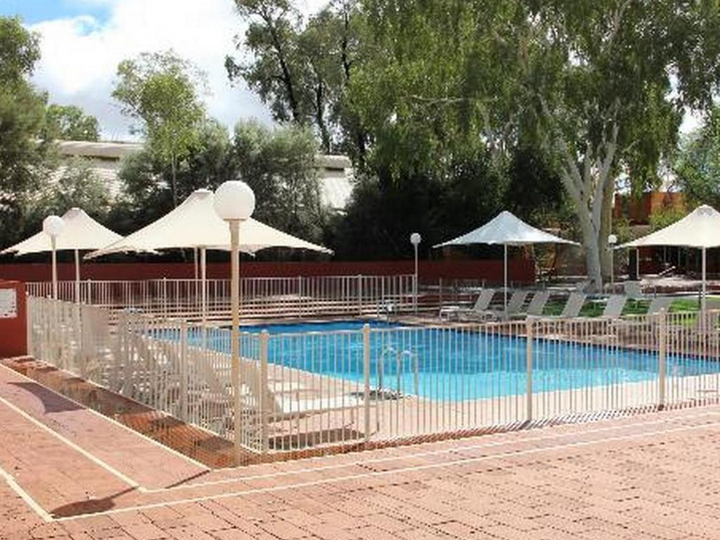Best Price on Desert Gardens Hotel in Ayers Rock Uluru Reviews