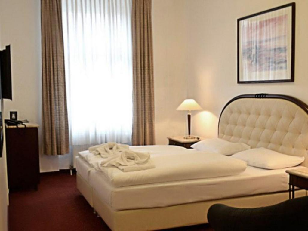 Prens Berlin Hotel