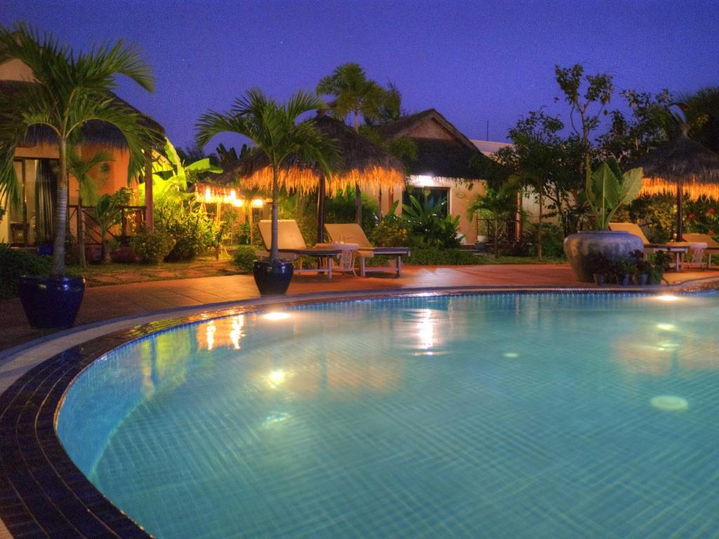 Best Price on The Secret Garden at Otres Beach Hotel in Sihanoukville + Reviews!
