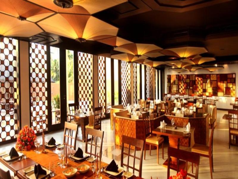 Hotel Vasundhara Sarovar Premiere - Vayalar, Alappuzha