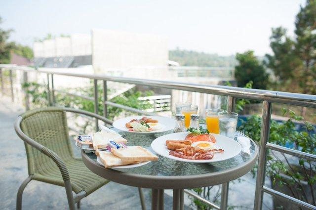 On The Rock Chaiyaphum Bed & Breakfast, Kaset Sombon