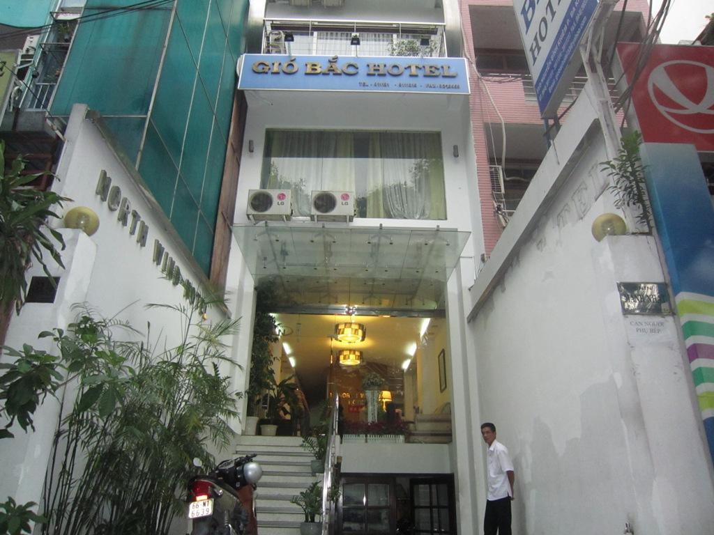 Khách Sạn Gió Bắc Hồ Chí Minh | North Wind Hotel