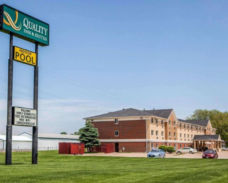 Quality Inn & Suites Davenport