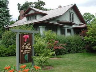 Cocoa Cottage Bed And Breakfast