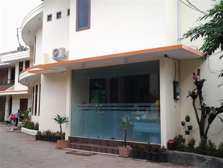 Pilatus Hotel, Bandung