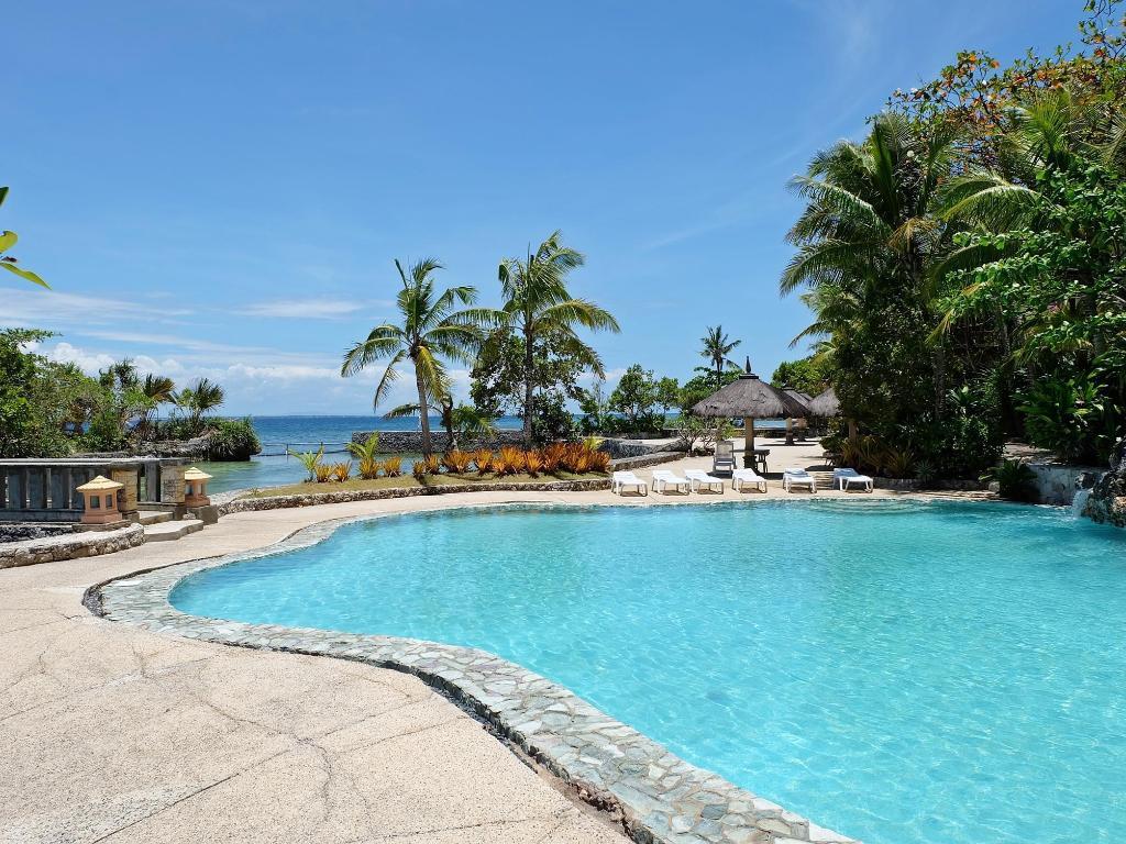Coralpoint Gardens Resort