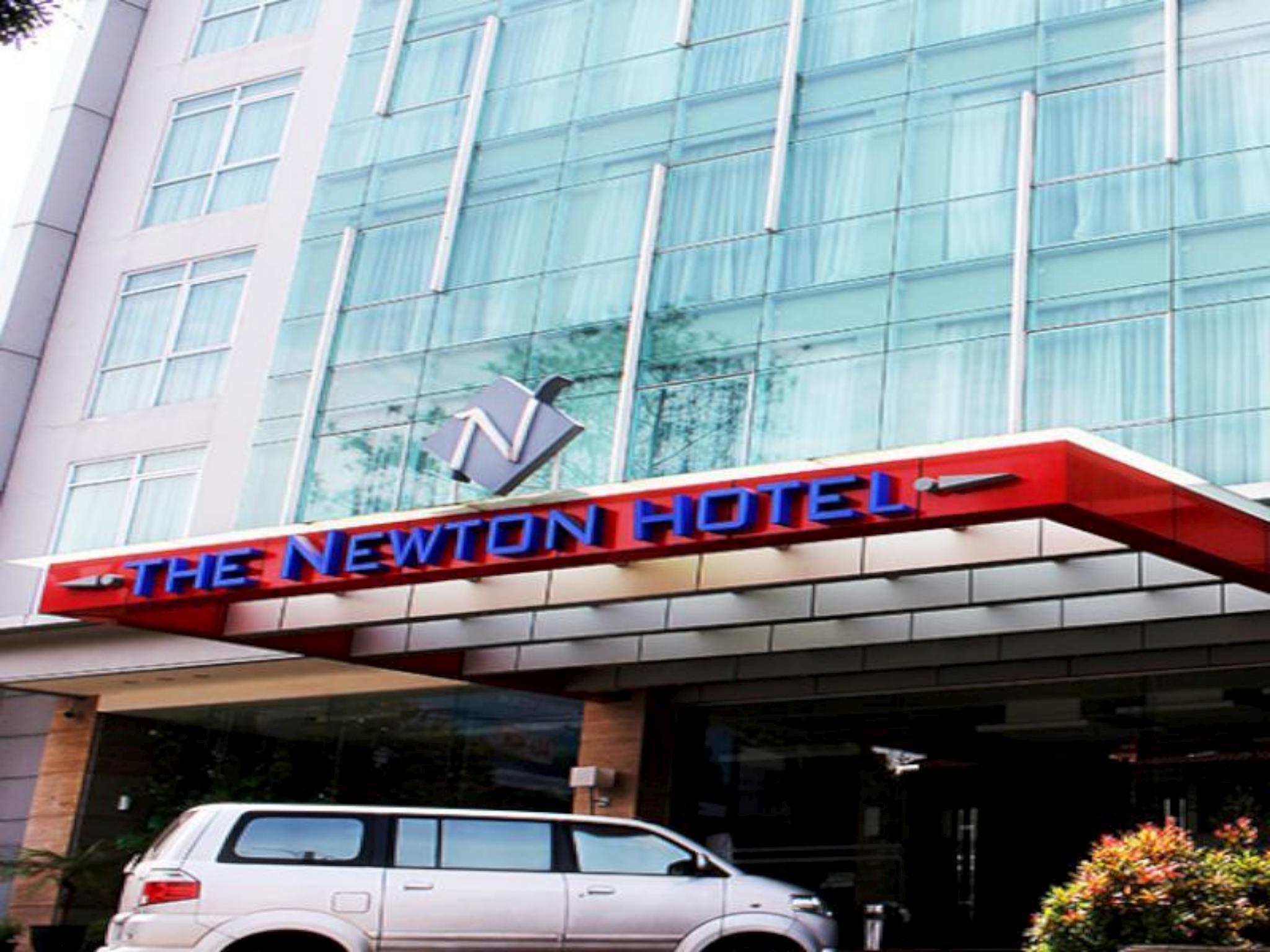 The Newton Bandung