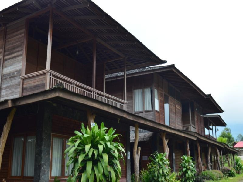 Villa Rumah Kayu (Java Joglo), Bandung