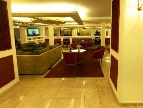 Hotel Metropol, Capital