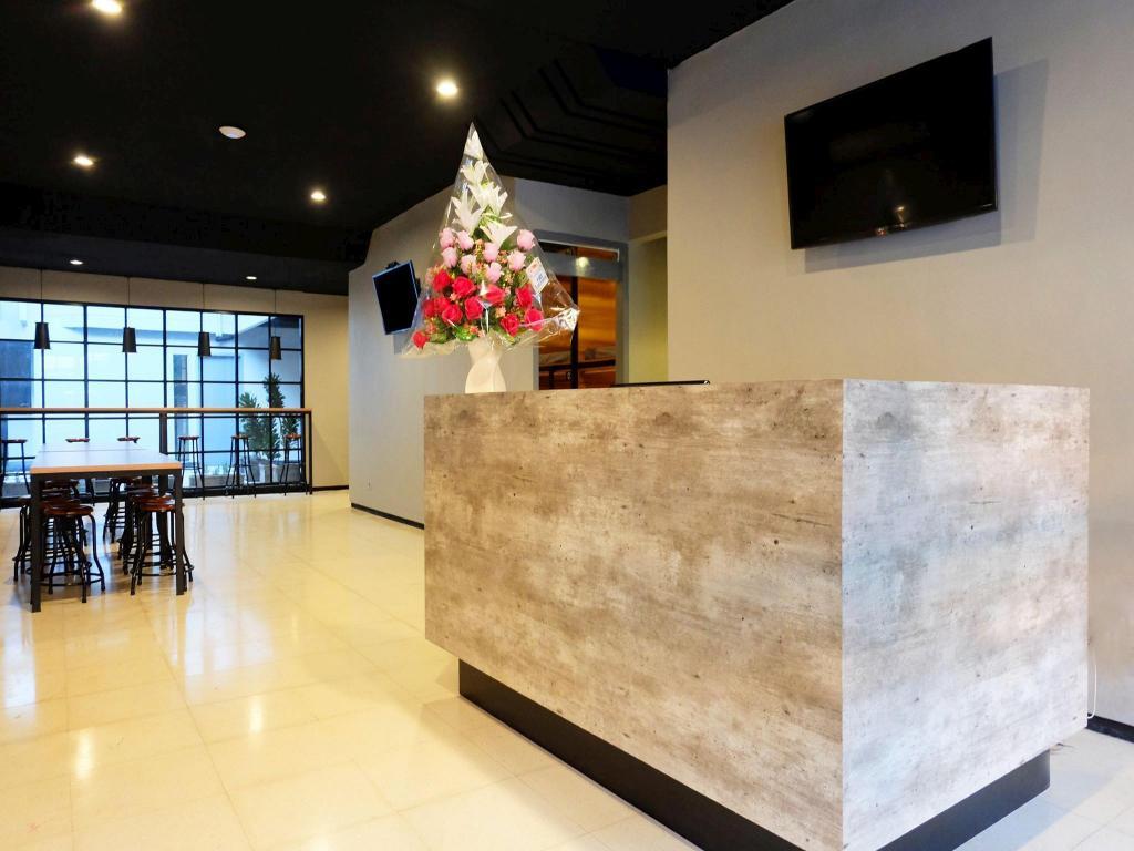 Fasilitas ruang Livinn Hostel City Center Surabaya