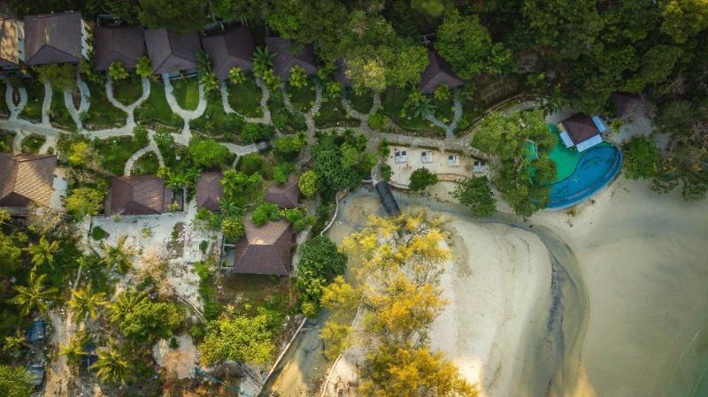 Koh Rong Hill Beach Resort