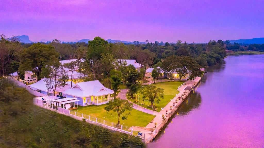 Tubtim Siam River Kwai Resort Kanchanaburi