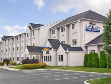 Bridgepointe Inn & Suites Toledo-Perrysburg-Rossford-Oregon-Maumee by Hollywood Casino, Wood