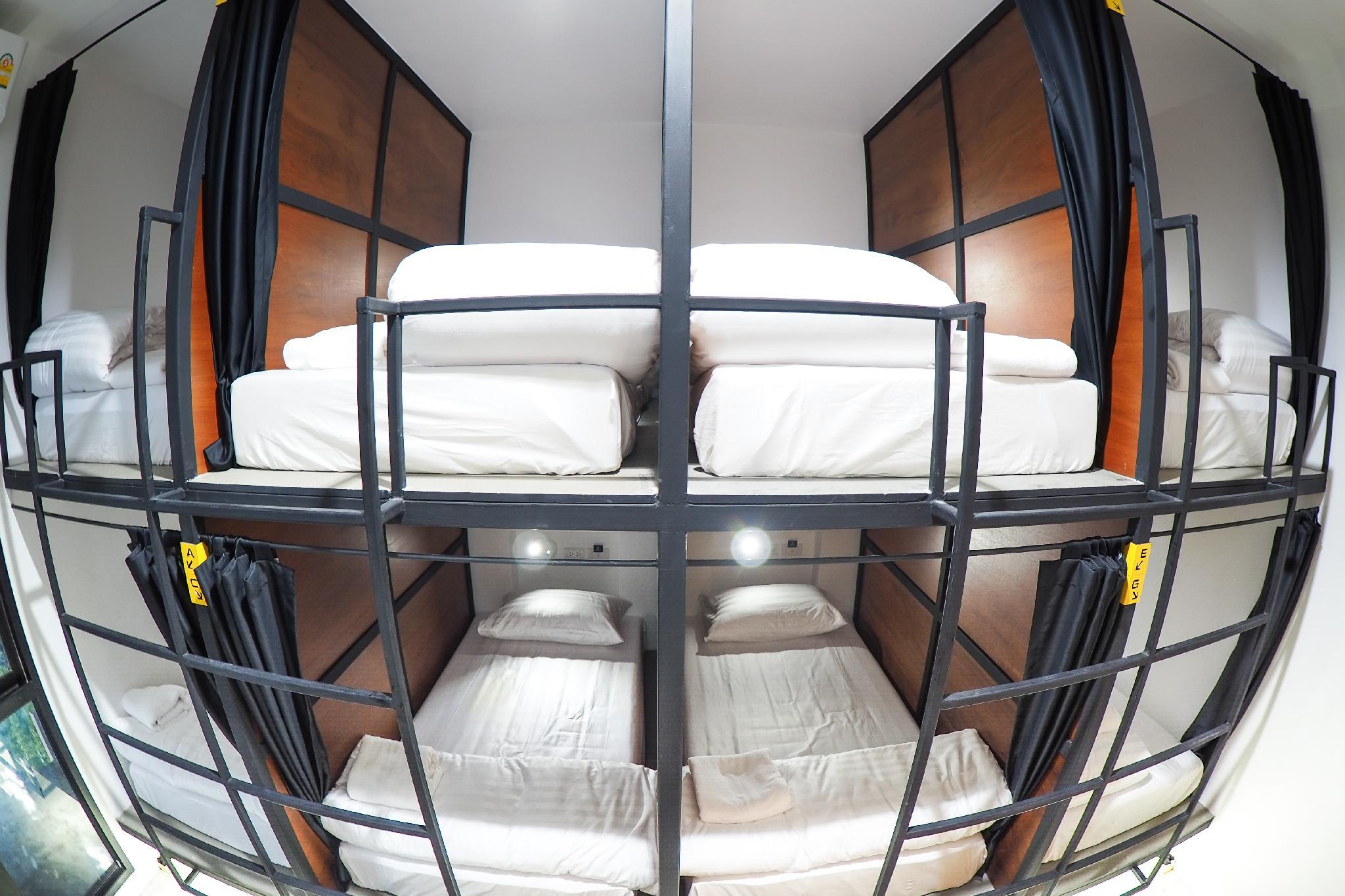Book a Bed Poshtel, Pulau Phuket