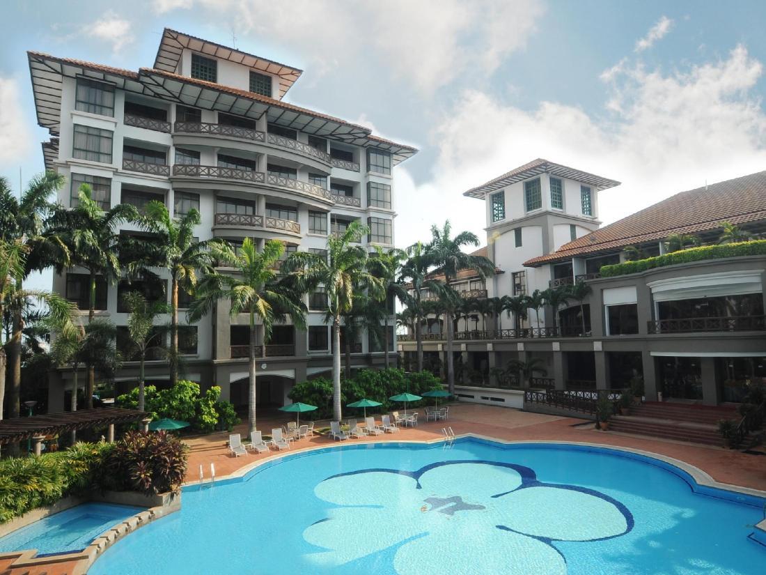 Best Price on Mahkota Hotel Melaka in Malacca + Reviews!