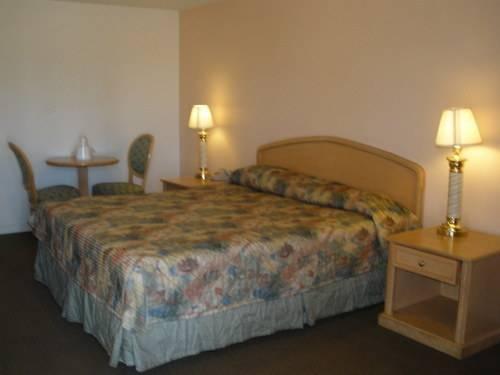 King's Inn Motel, Tulare