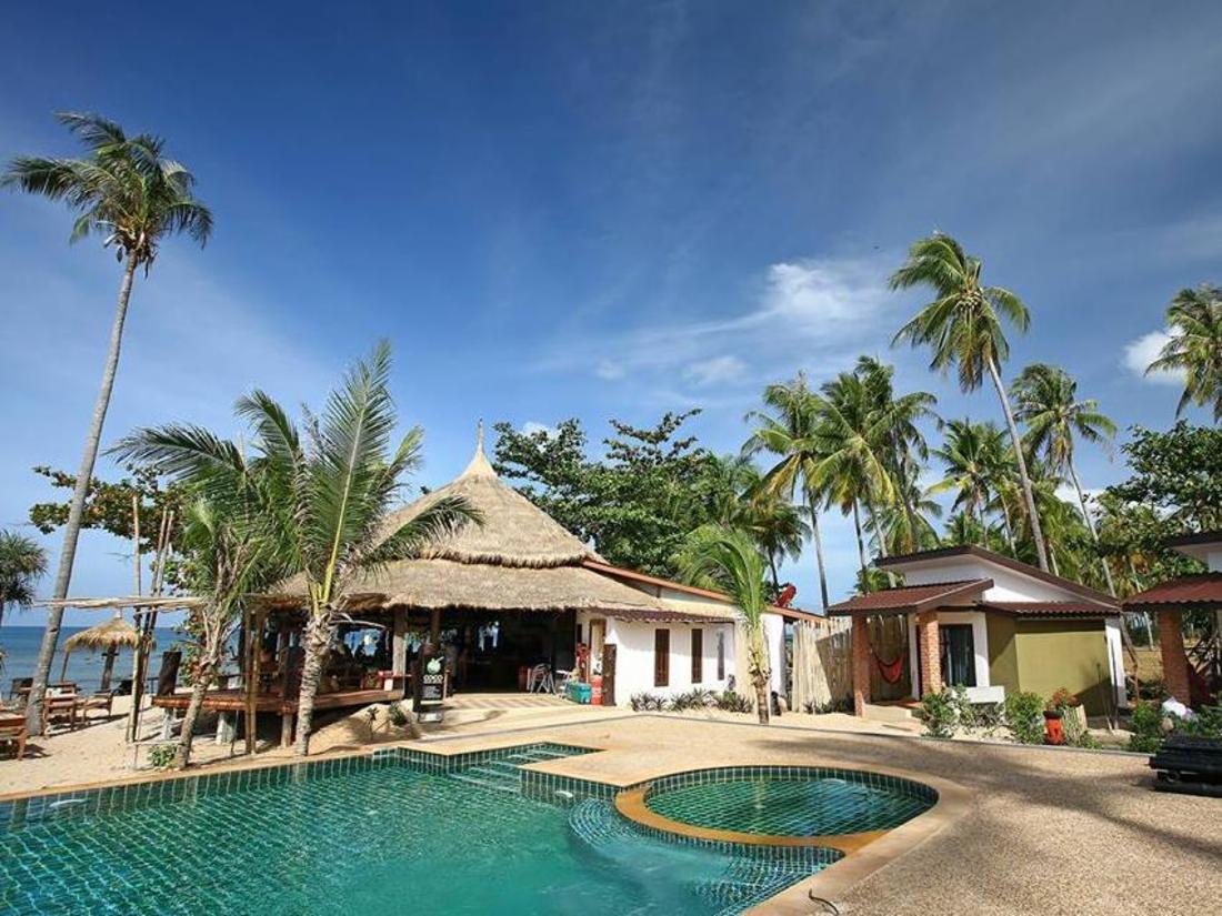 Lanta Resort Hotel - room photo 8625386
