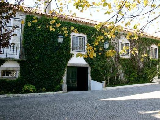 Casa de Vale Mourelos, Almada