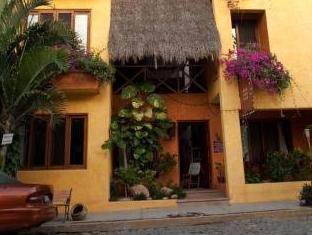 Hotel Cielo Rojo, Compostela
