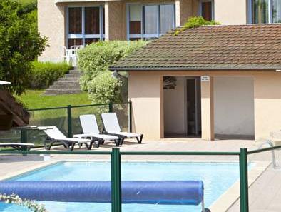 Hotel du Lac, Cantal