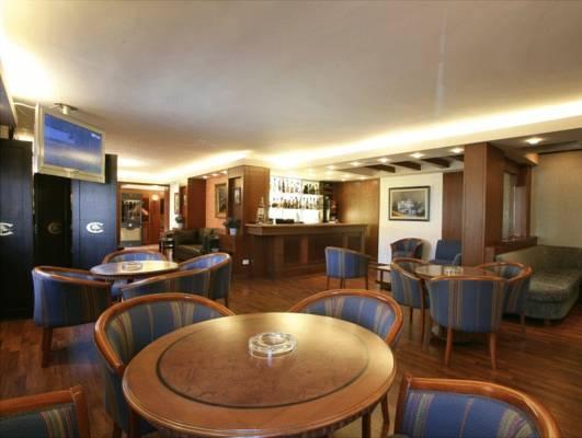 Le Cedrus Suites Hotel, Bcharre