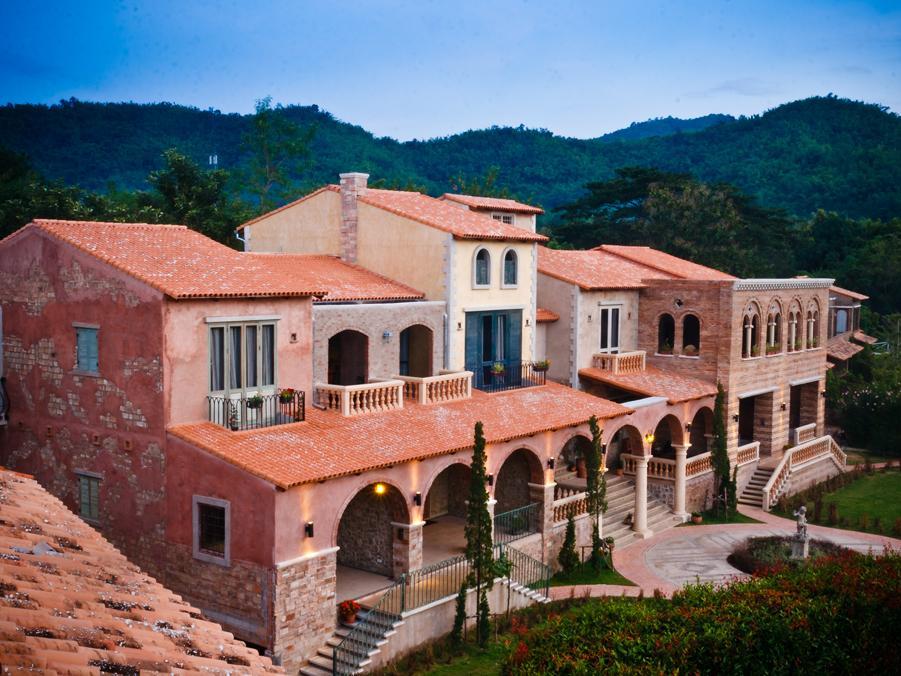Palazzo La Toscana, Suan Phung