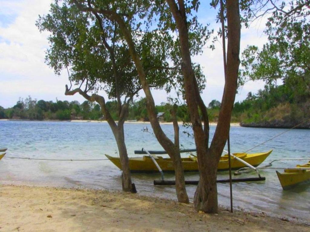 Best Price On Magic Island Resort 1 In Guimaras Island