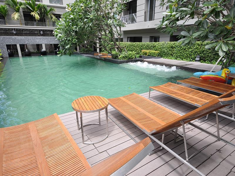1-bed apartment at national stadium bts station