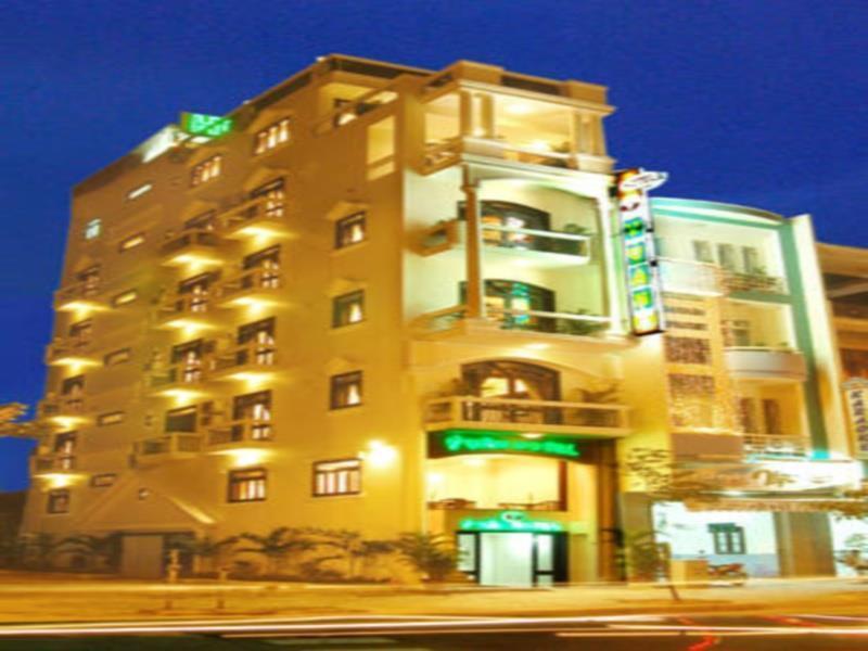 Y Van Hotel Danang, Sơn Trà
