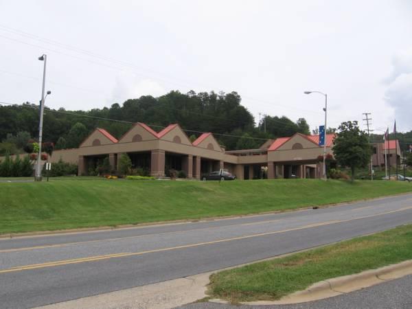 Chestnut Tree Inn - Cherokee