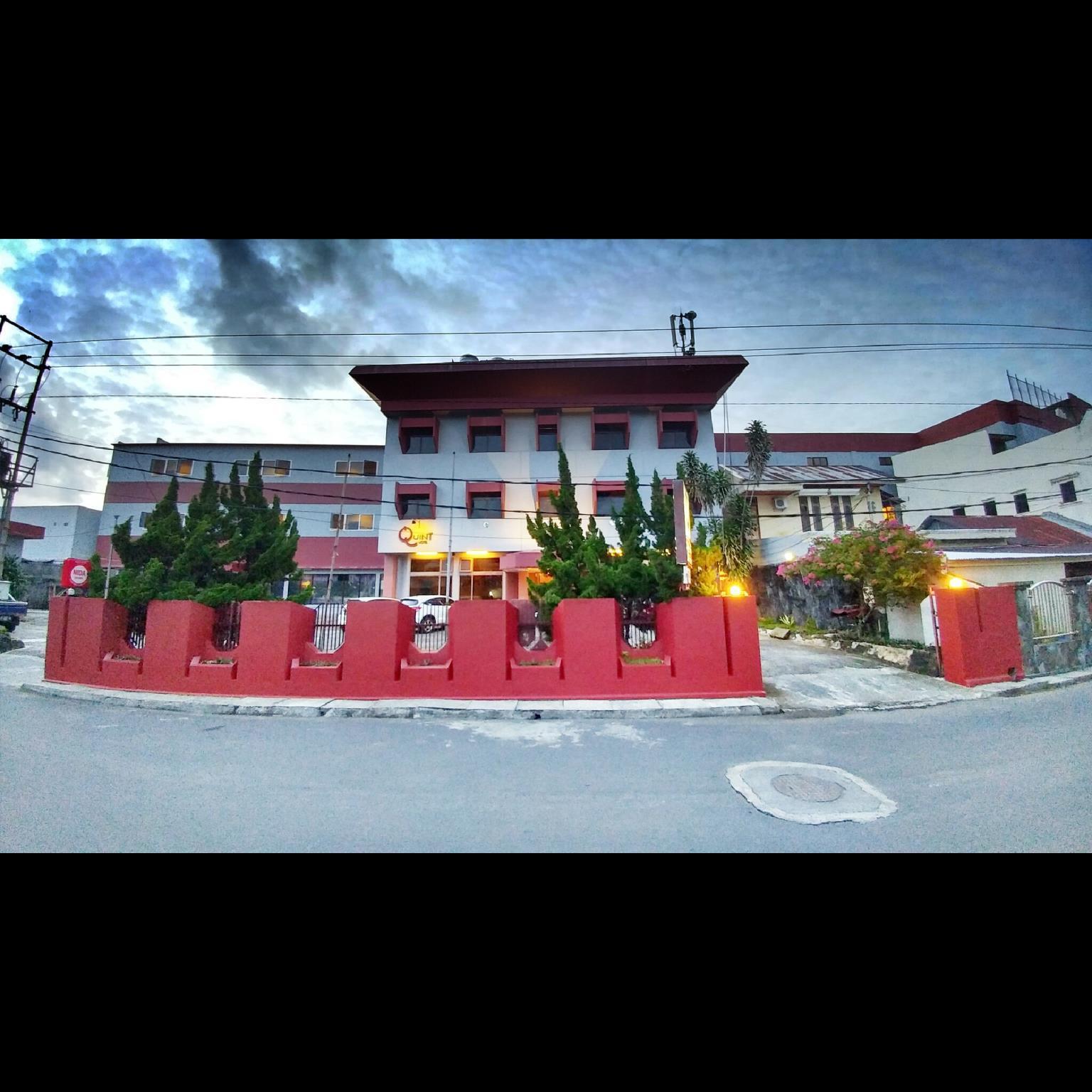 Quint Hotel, Manado