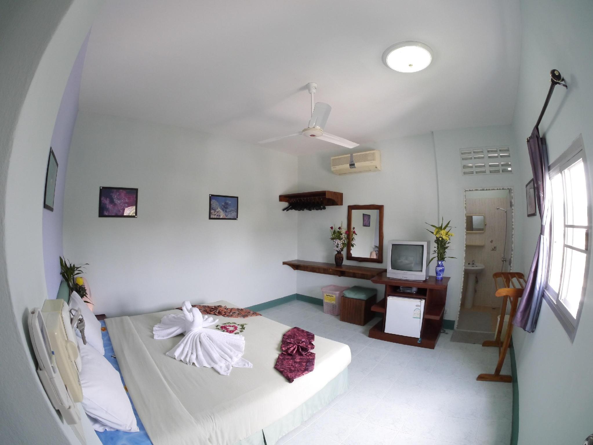 dive den guesthouse