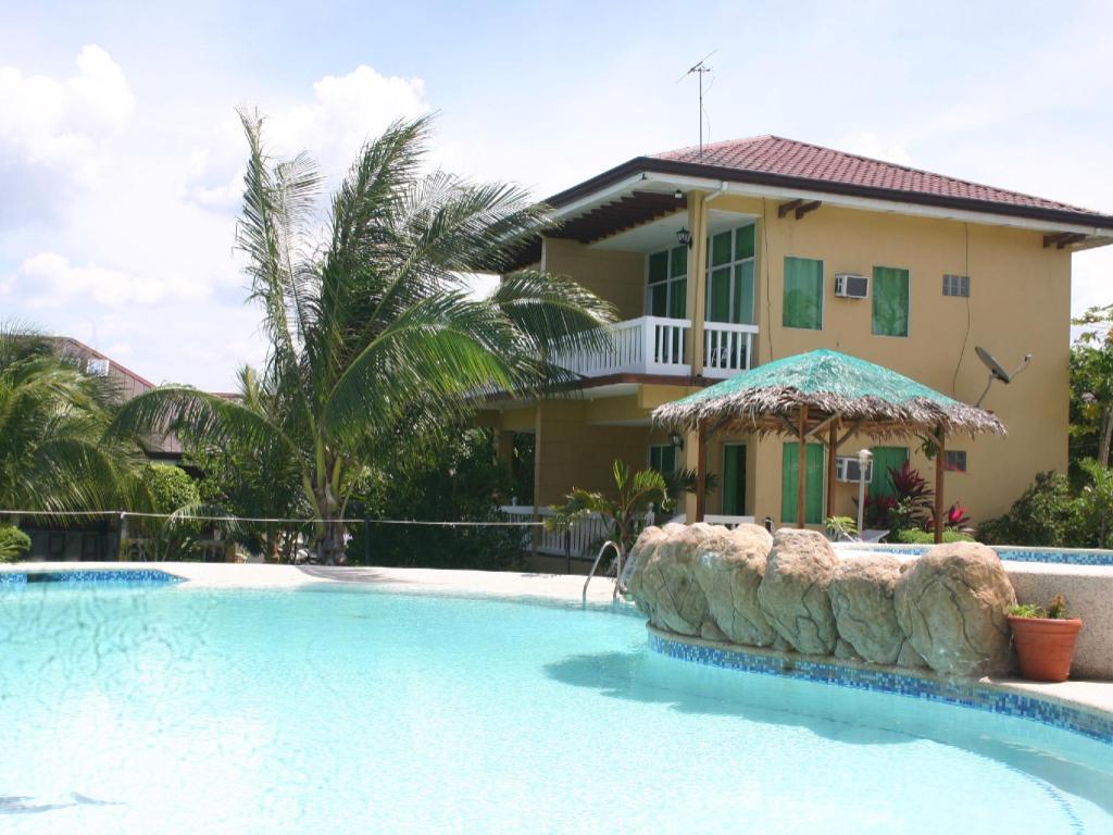 Best Price On Moalboal Beach Resort In Cebu Reviews