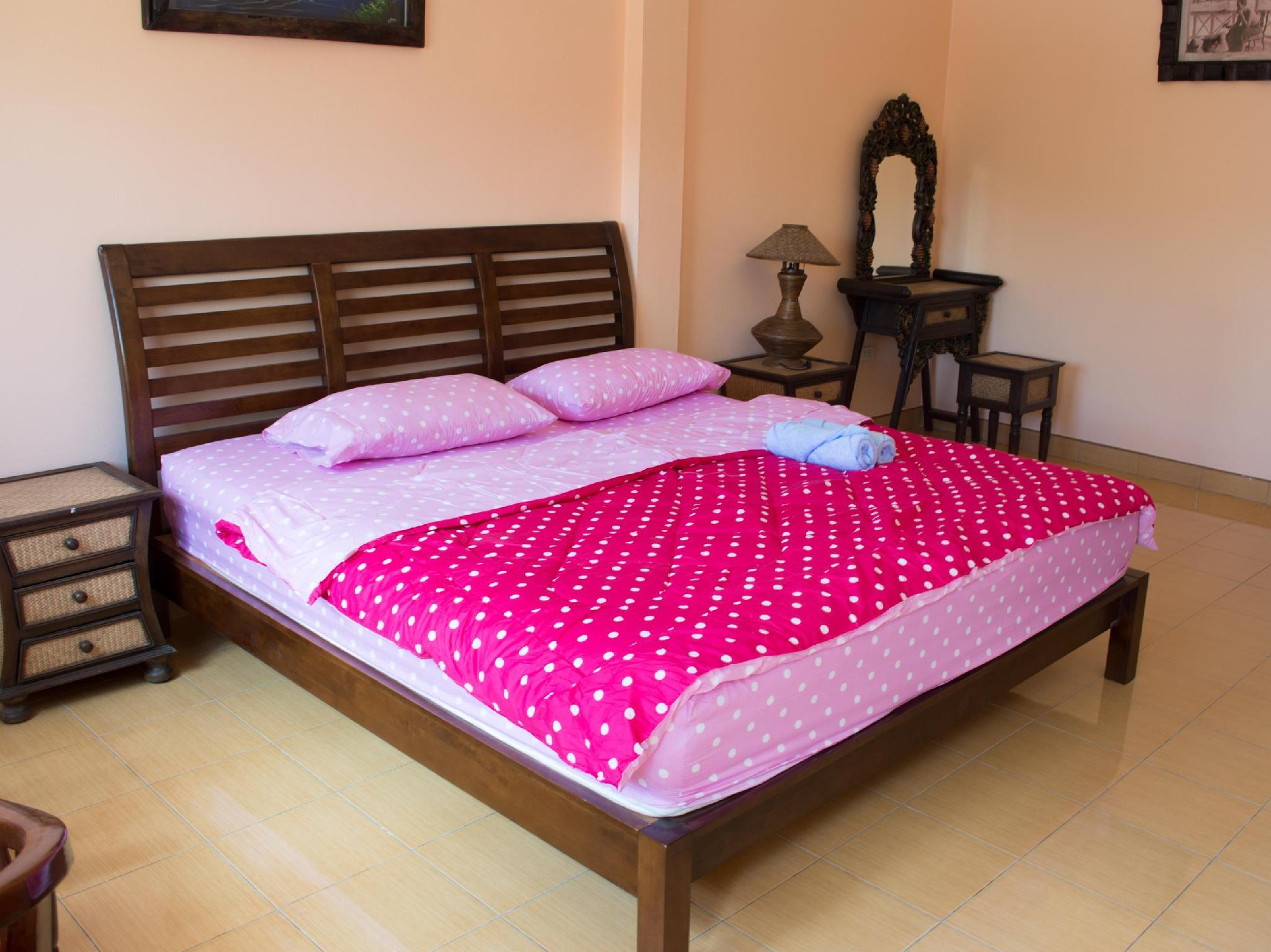 Narnia Resort Pattaya 2, Sattahip