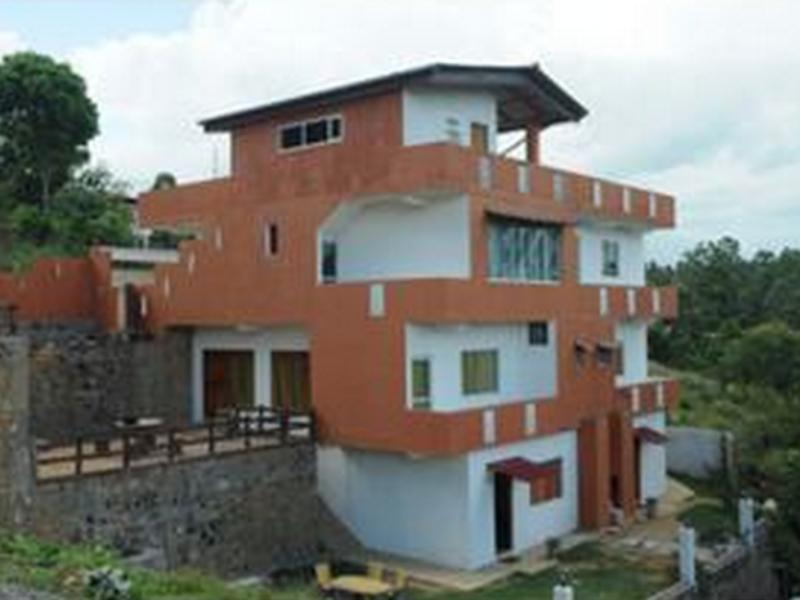 Ishiran Holiday Home