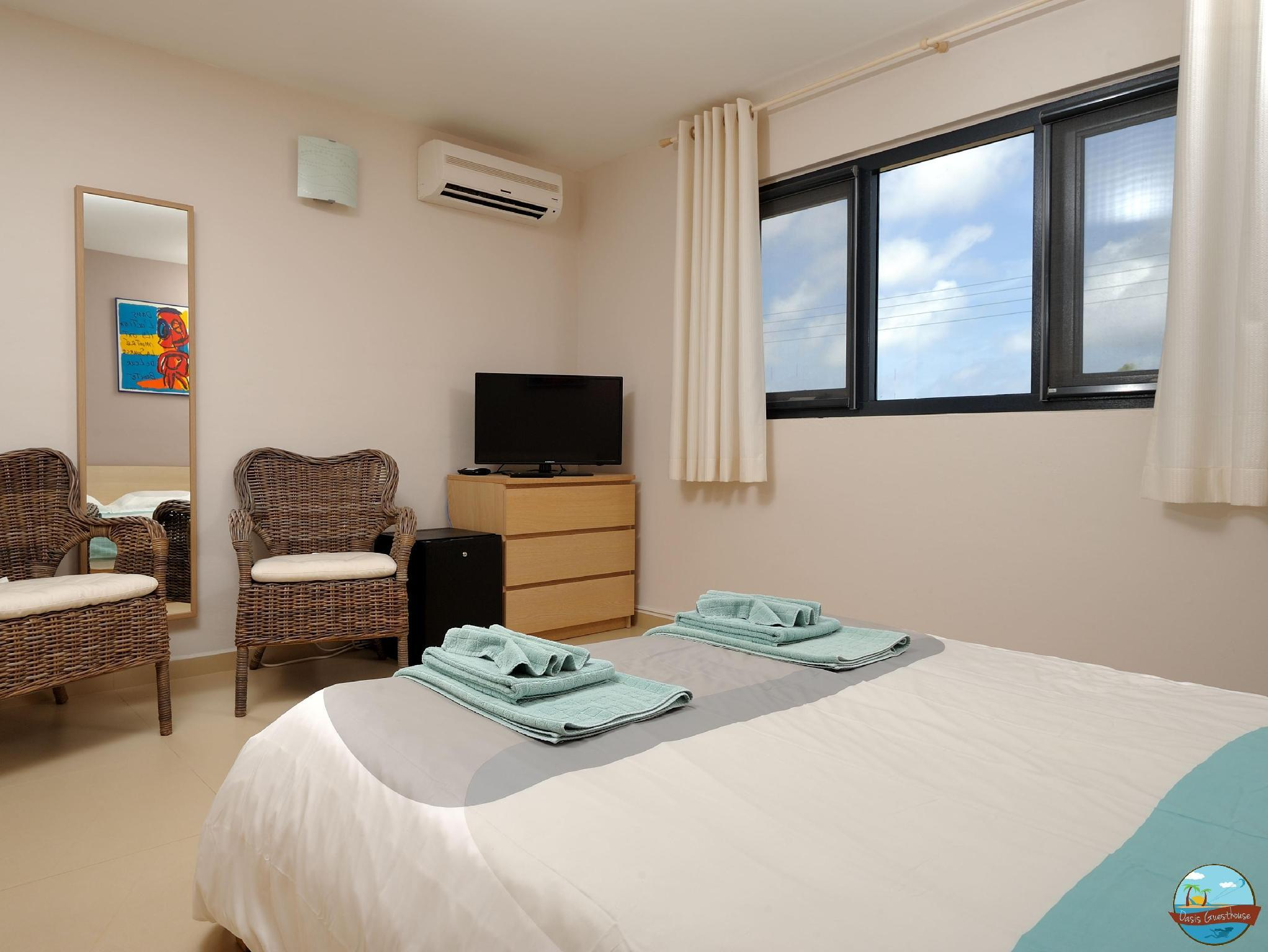 Oasis Guesthouse,