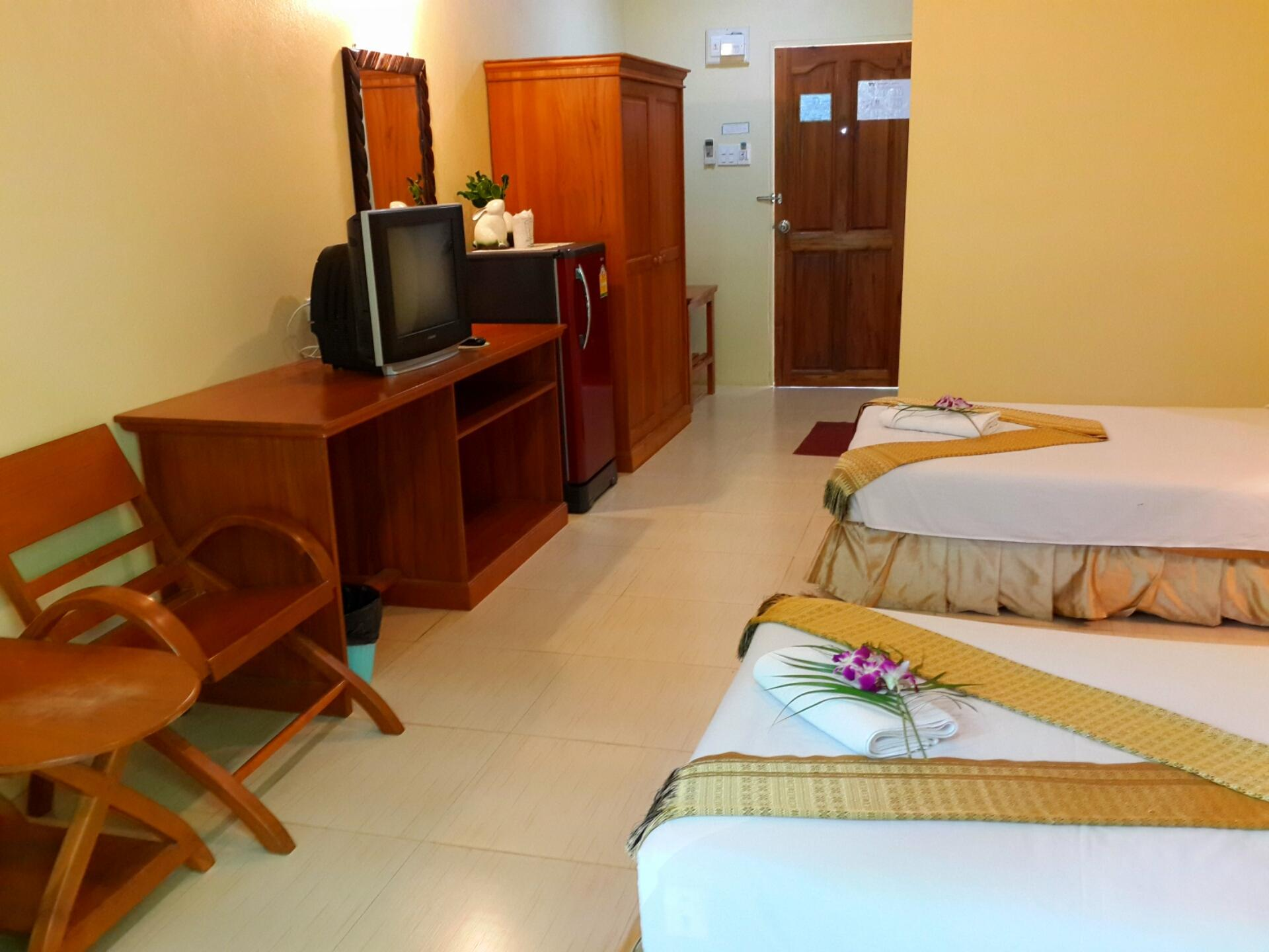 suanphet riverview resort