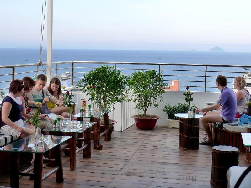 Khách sạn Hà Nội Vàng