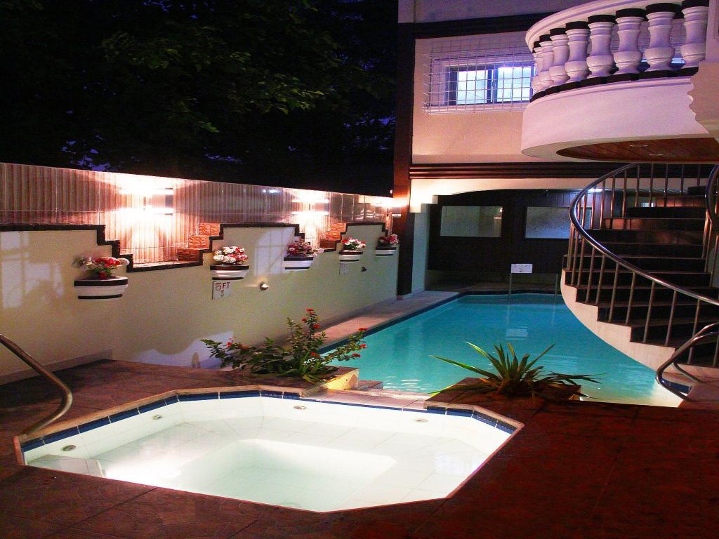 Best Price on Coolmartin Resort in Cavite + Reviews