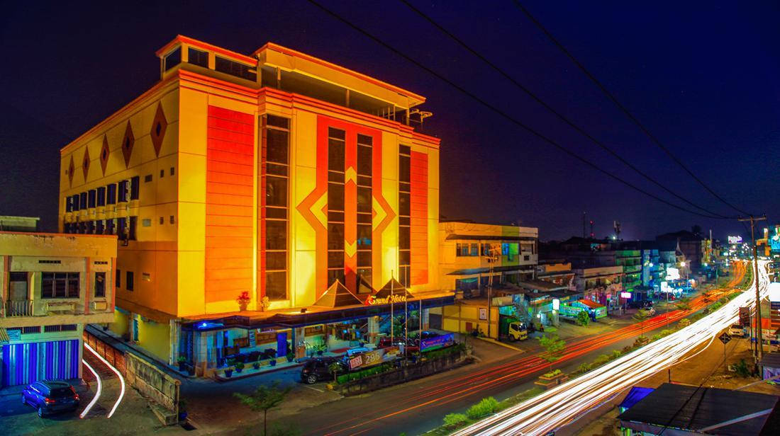Grand Hotel Jambi, Jambi