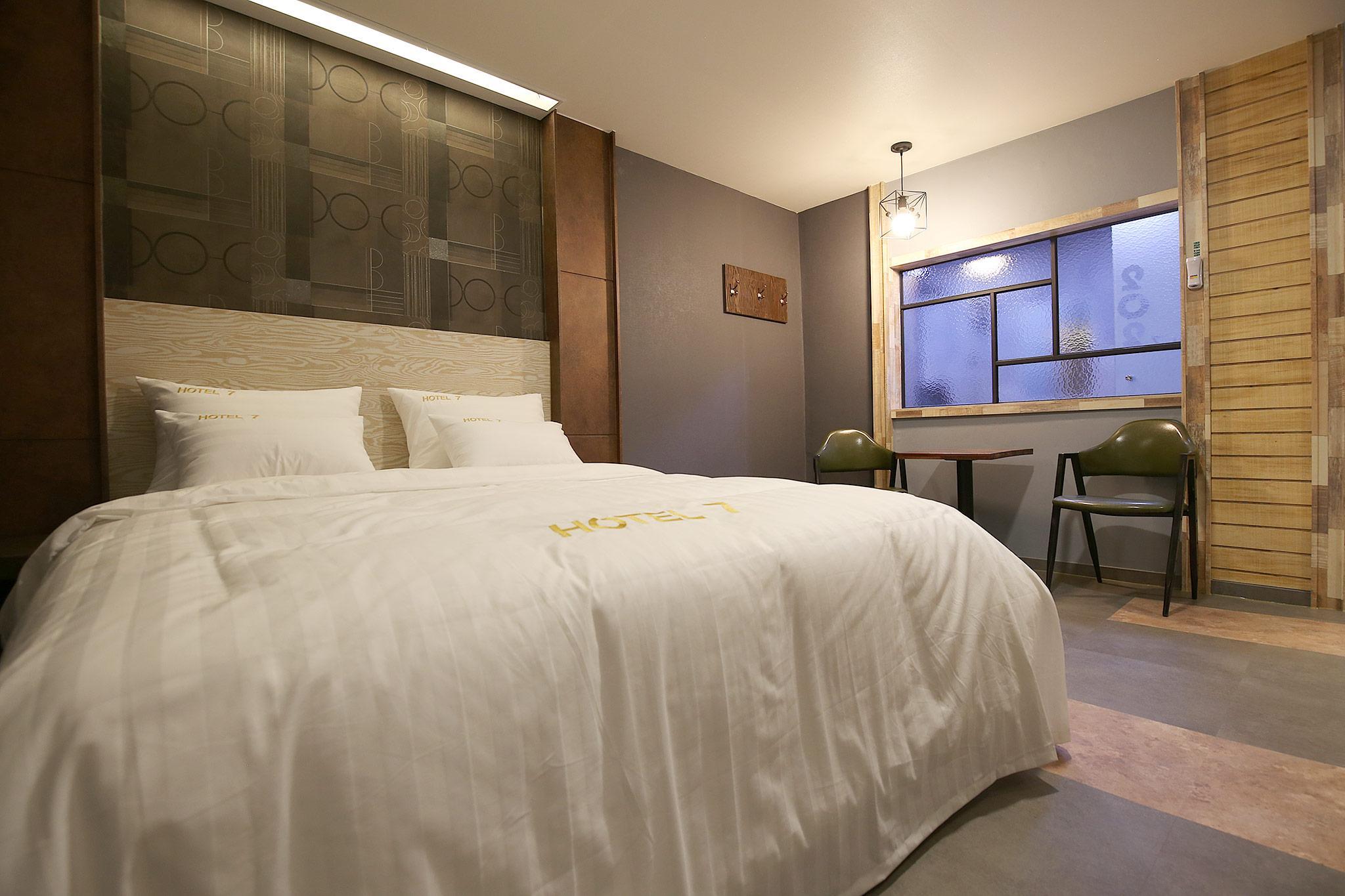 Hotel 7, Cheongju
